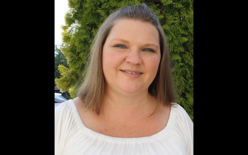 Nikki Davis - Owner/Operator Wenatchee Errand Service